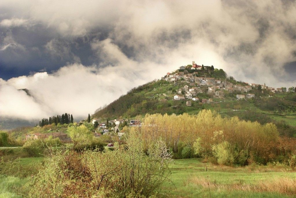 Medieval_Istrian_Hilltop_Towns