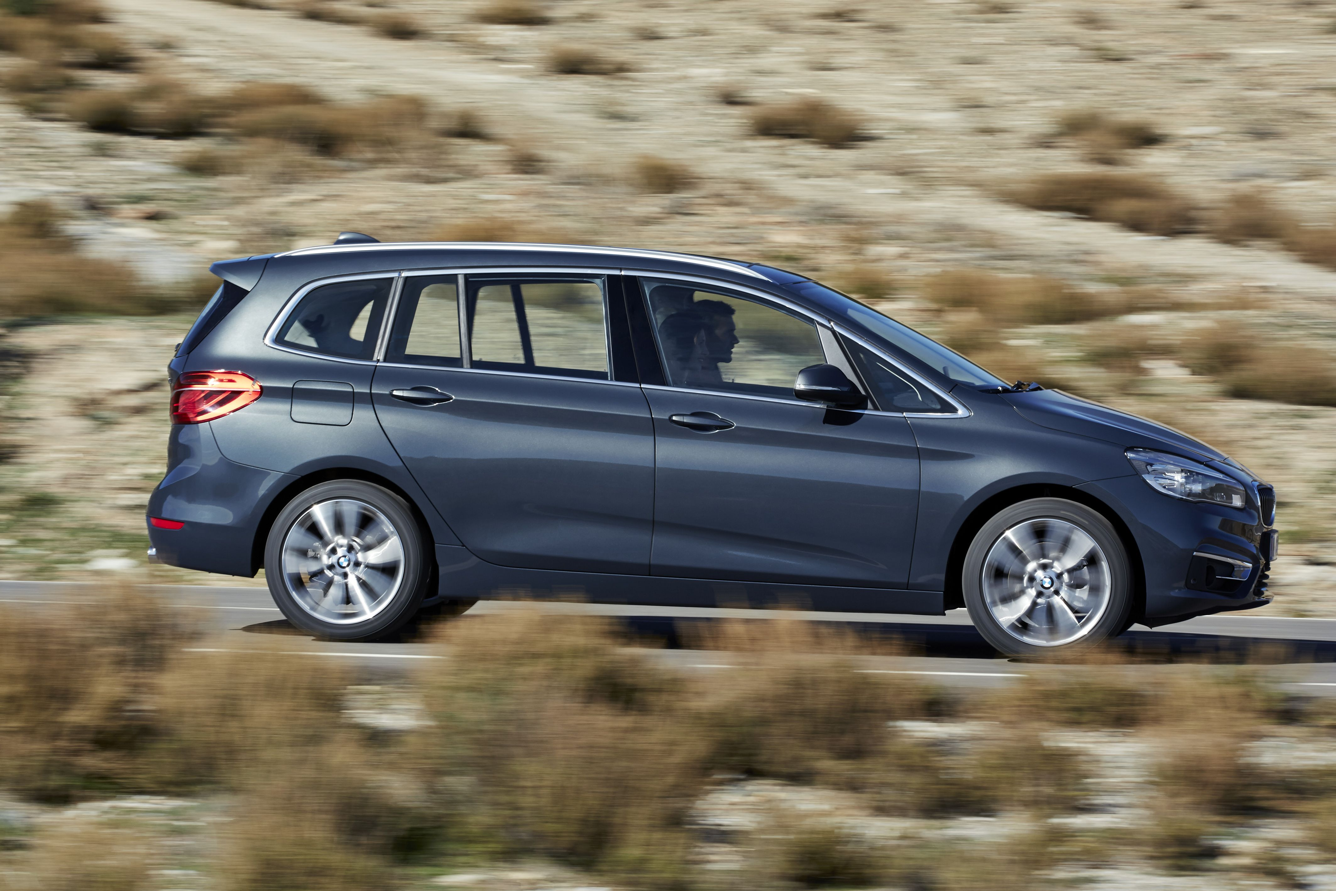 bmw series 2 grand tourer in croatia - kongres – europe events and