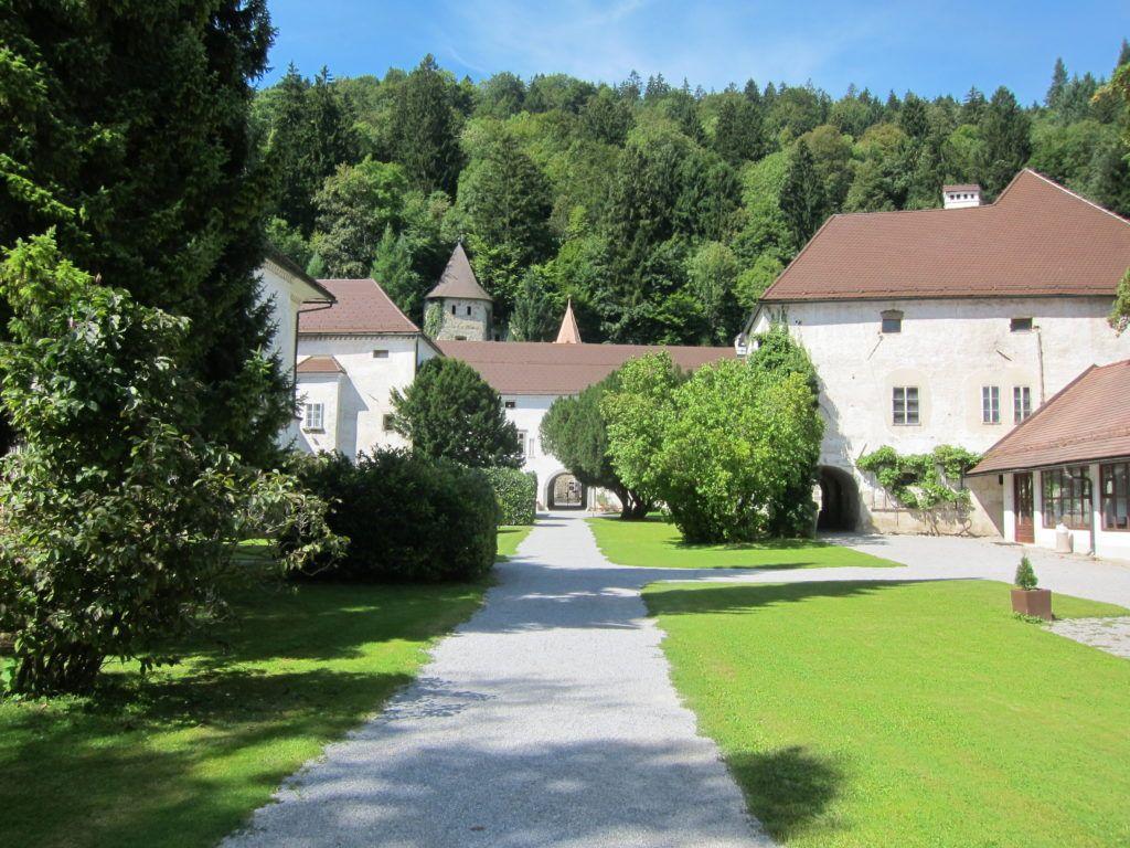 bistra-castle