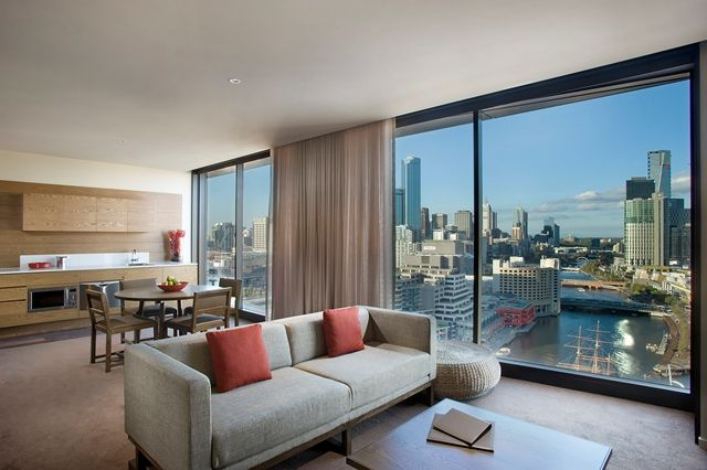 Pan_Pacific_Melbourne_Two_Bedroom_City_Skyline_Suite