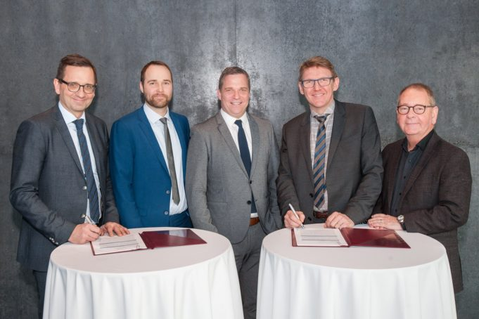 WGC-undirskrift-Orkumalafundur