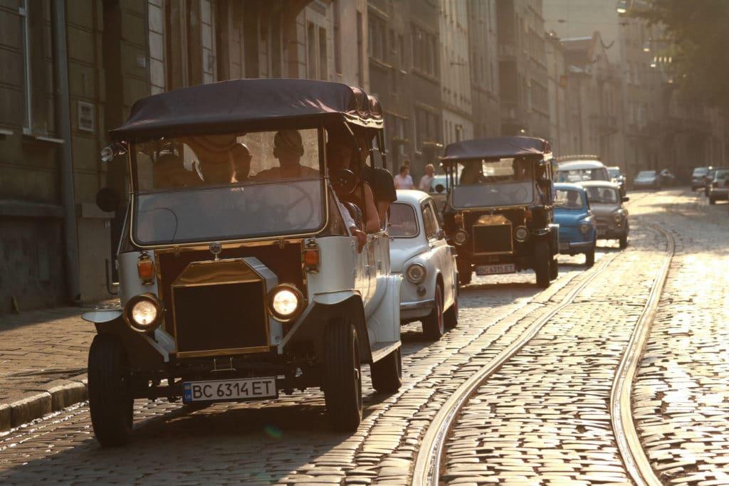 lviv_ukraine_incentive_old_cars