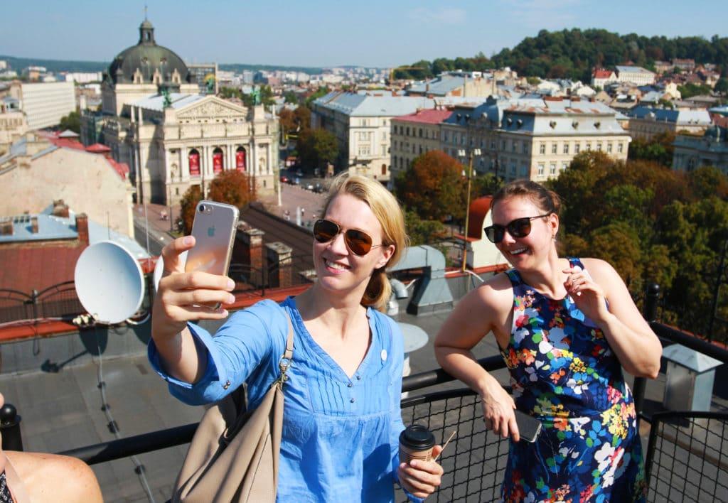 lviv_rooftops_incentive