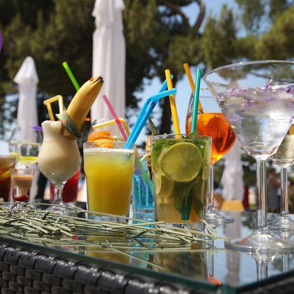 lavender_lounge_bar_cocktail