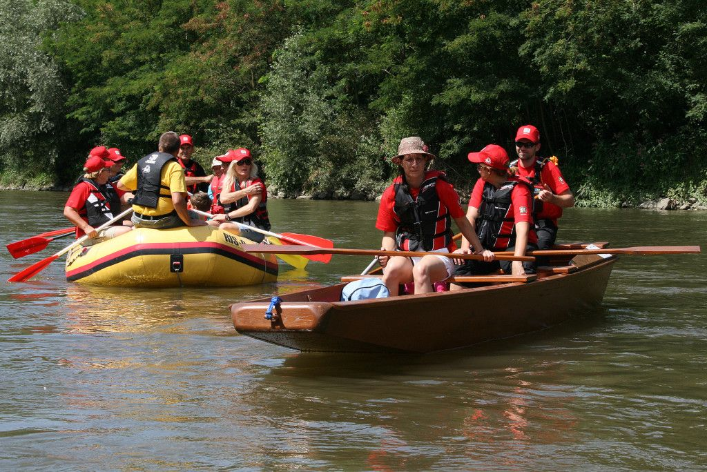 Rafting down the Mura