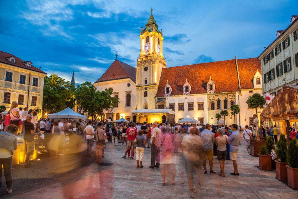 bratislava-square