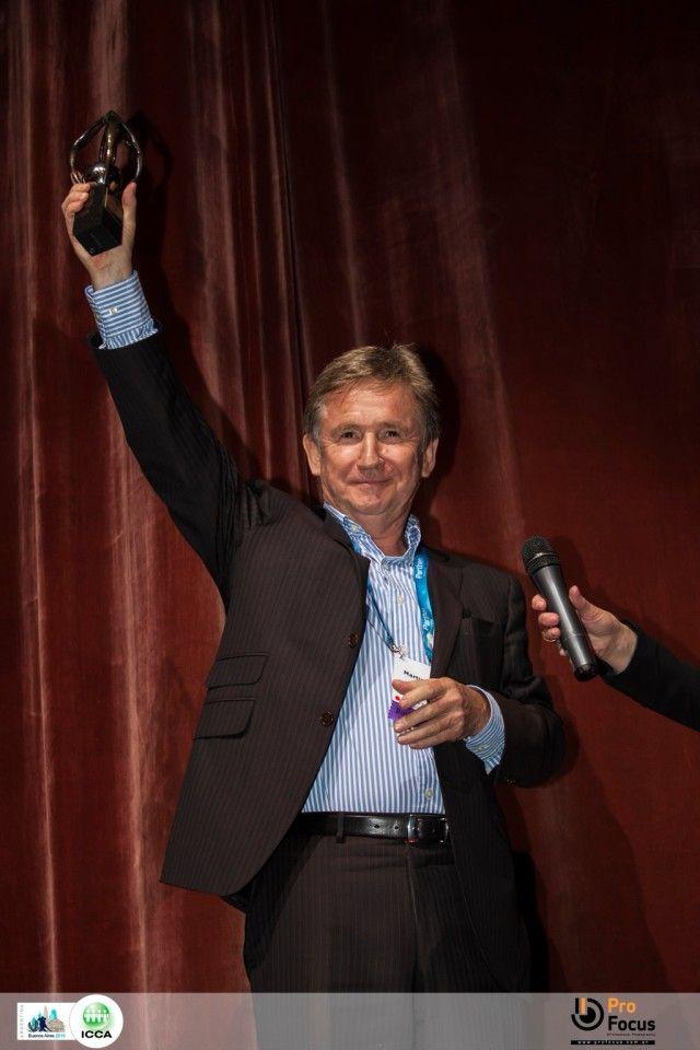 Martin Lewis honoured with ICCA Moises Shuster Award