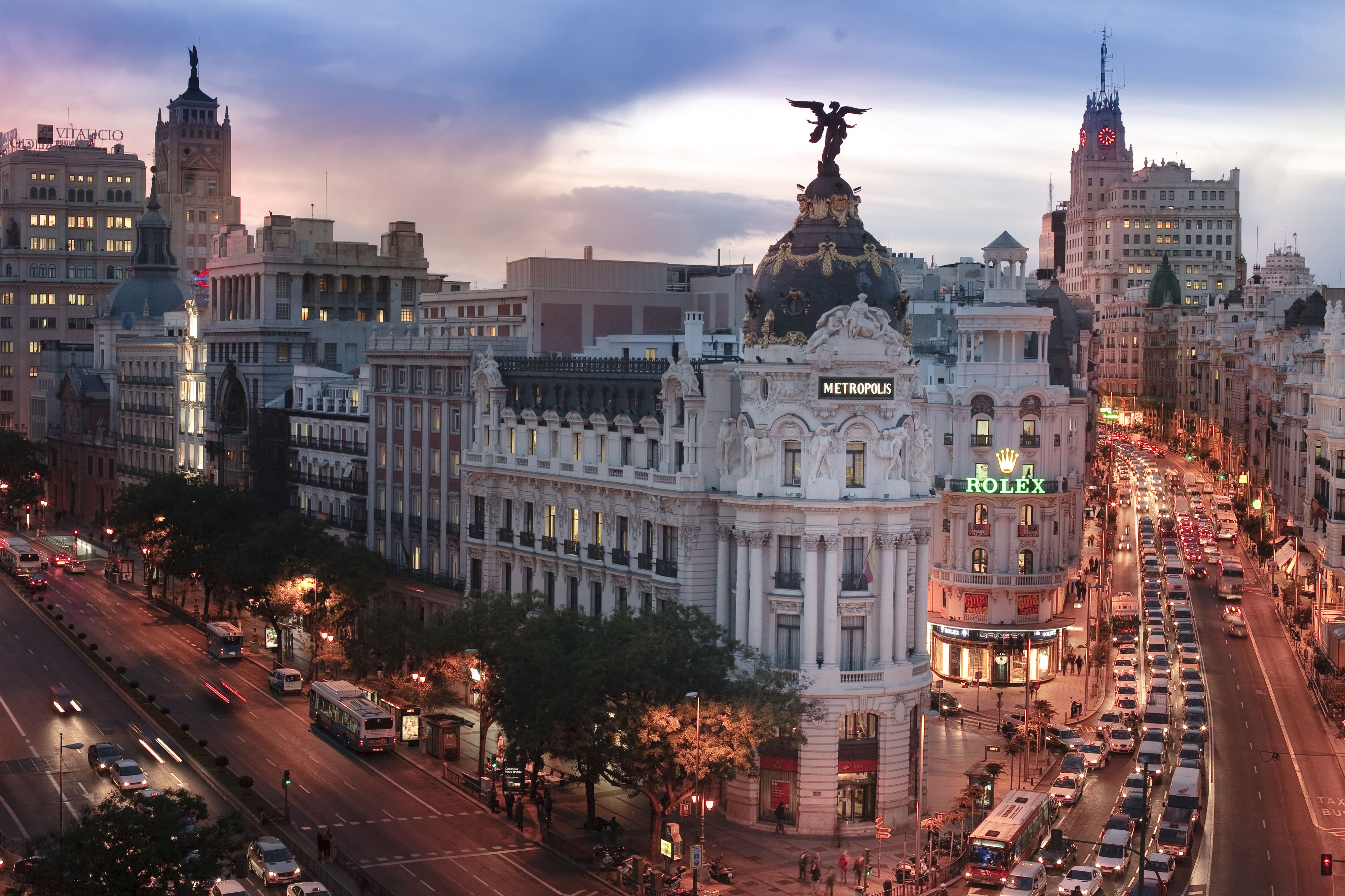 Madrid's icons  Metropolis building - KONGRES – Europe Events and