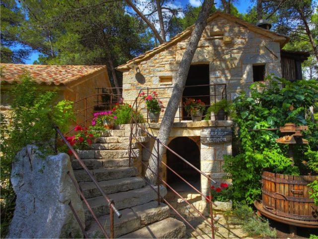 sibenik_incentive_amadria_park_dalmatian_ethno_village