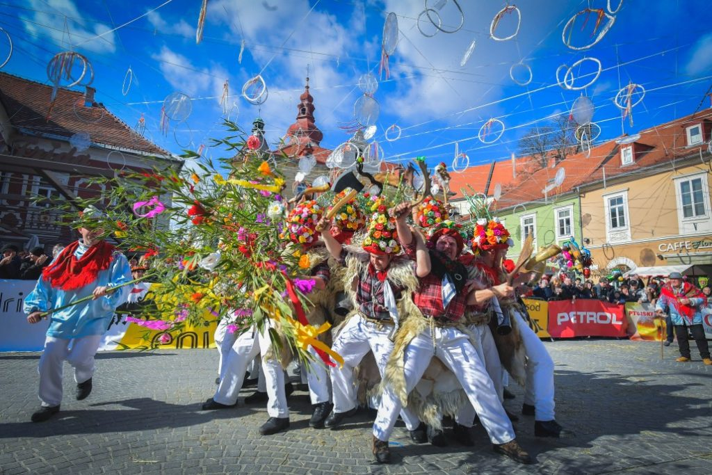 Ptuj_Shrove_etno_parade