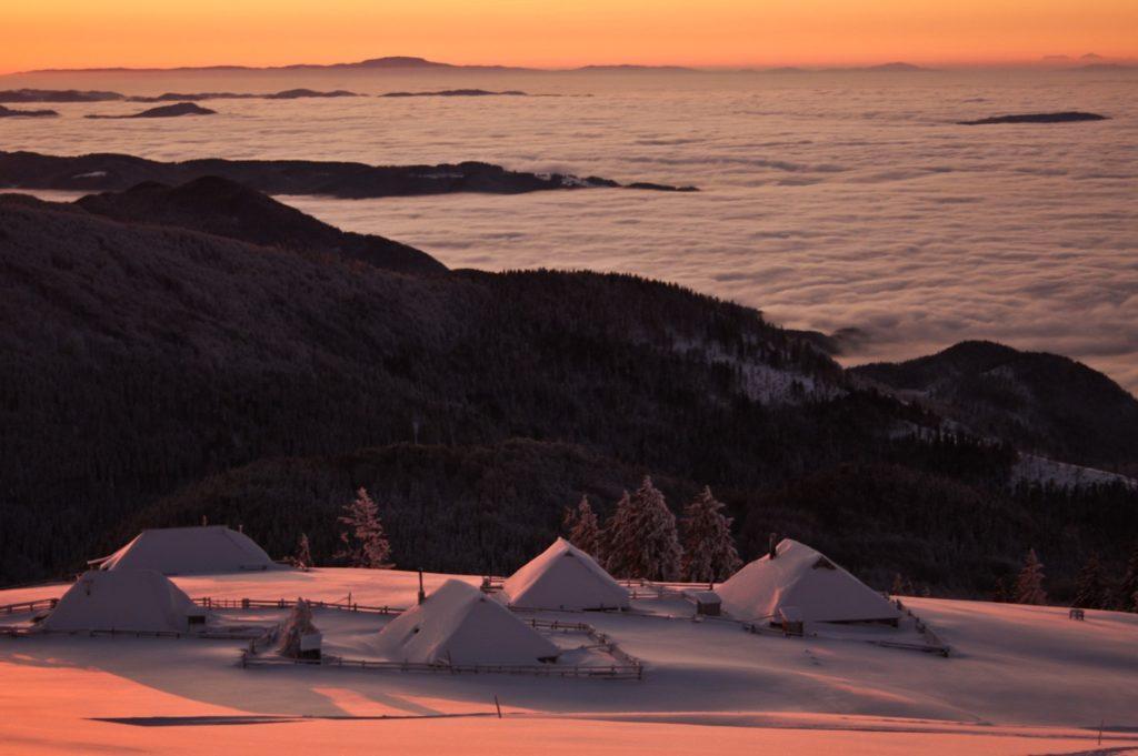 incentive_night_sledding_velika_planina_plateau_tourism_ljubljana