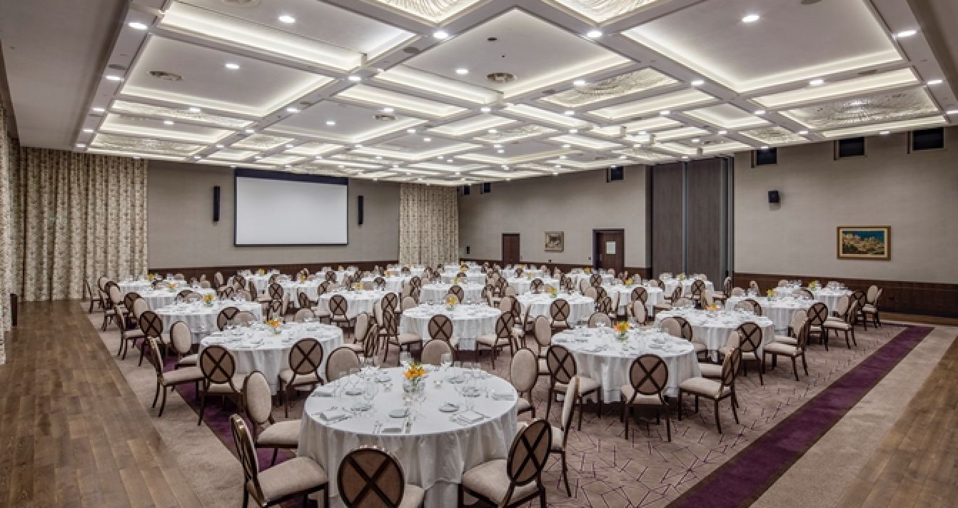 crystall_ball_room_hilton_podgorica