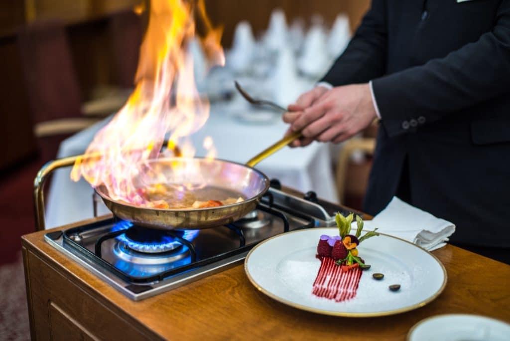 devin_hotel_restaurant