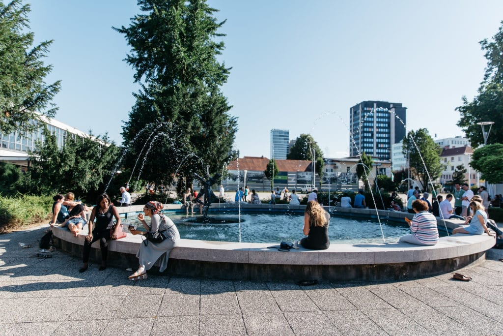 gr_fountain_urska_water_man
