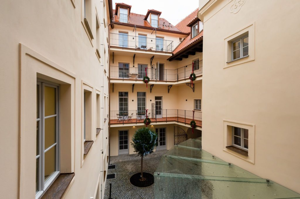 old_royal_post_hotel