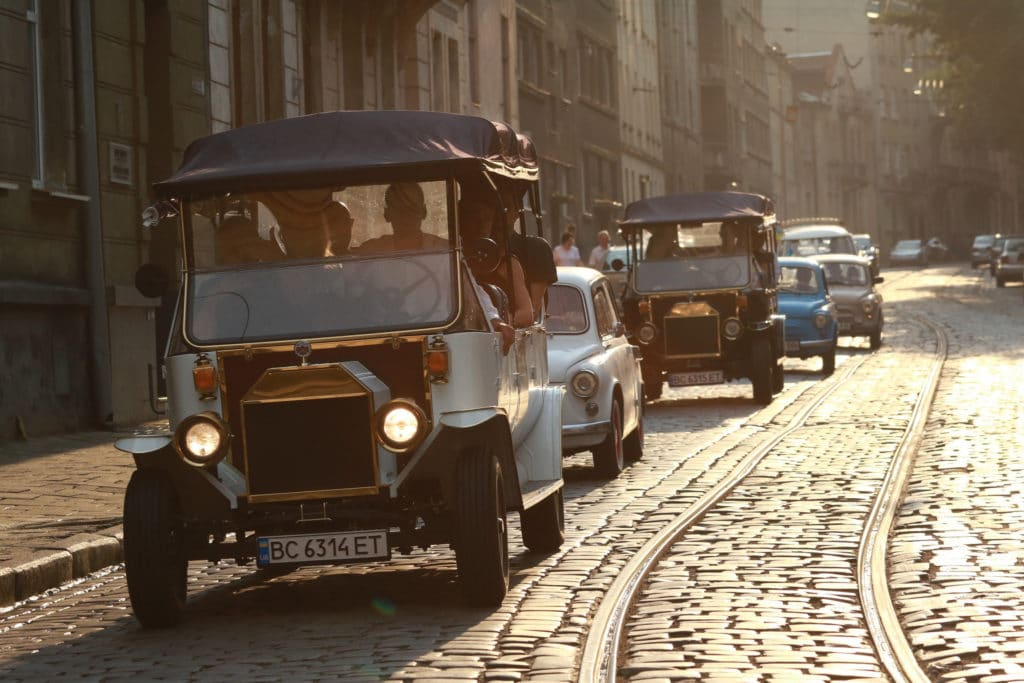 lviv_ukraine_incentive_old_cars