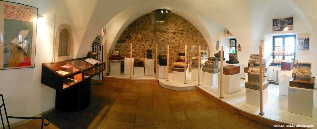 shop_in _the_museum