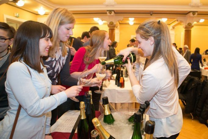 ljubljana_salon_sparkling_wines