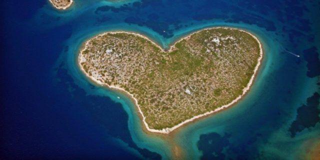 CroatiaLongDistanceLove