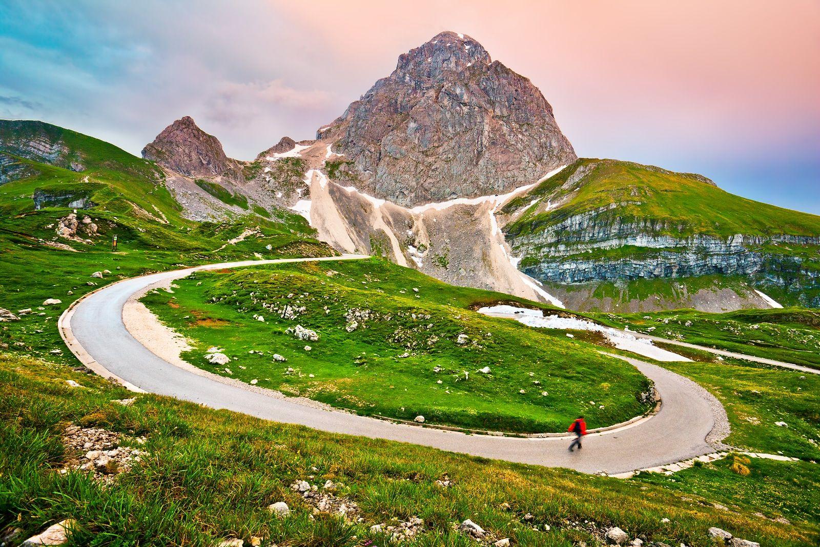 Afbeeldingsresultaat voor slovenia mountain pass