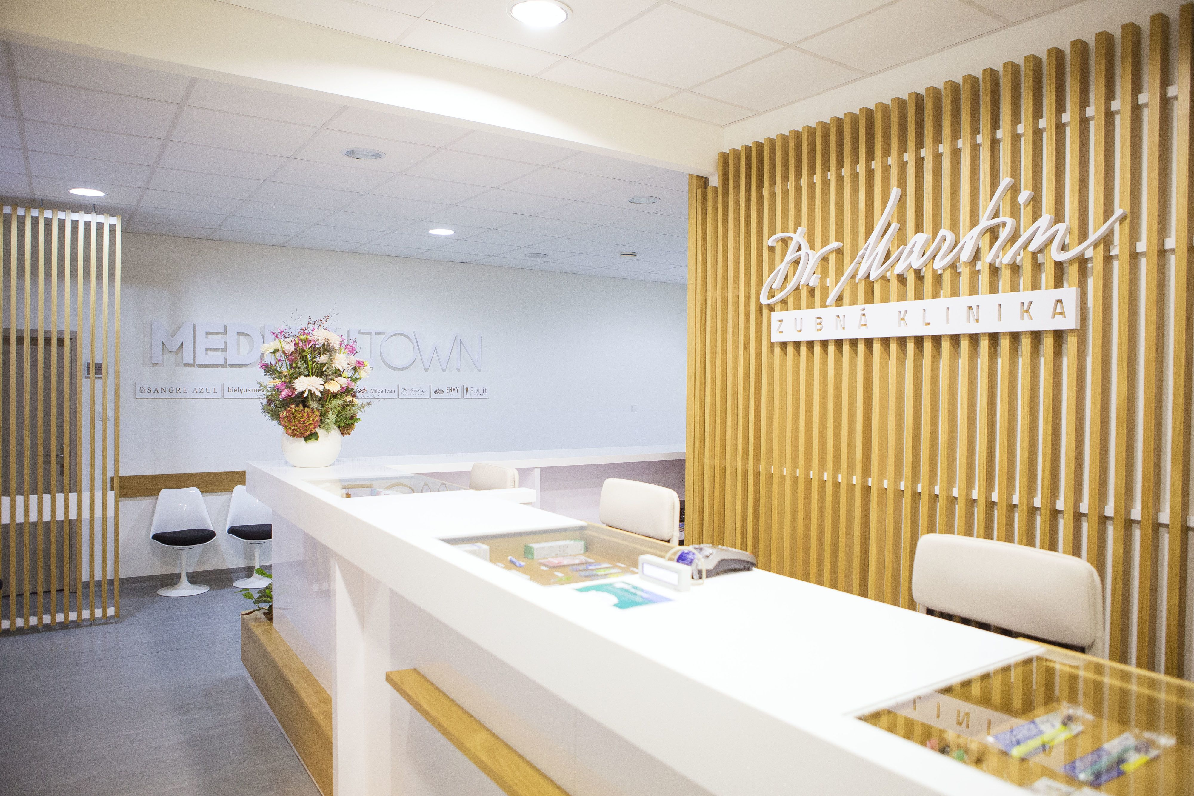 dr_martin_dental_clinic