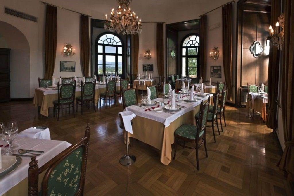 grajska_restavracija_grad_mokrice