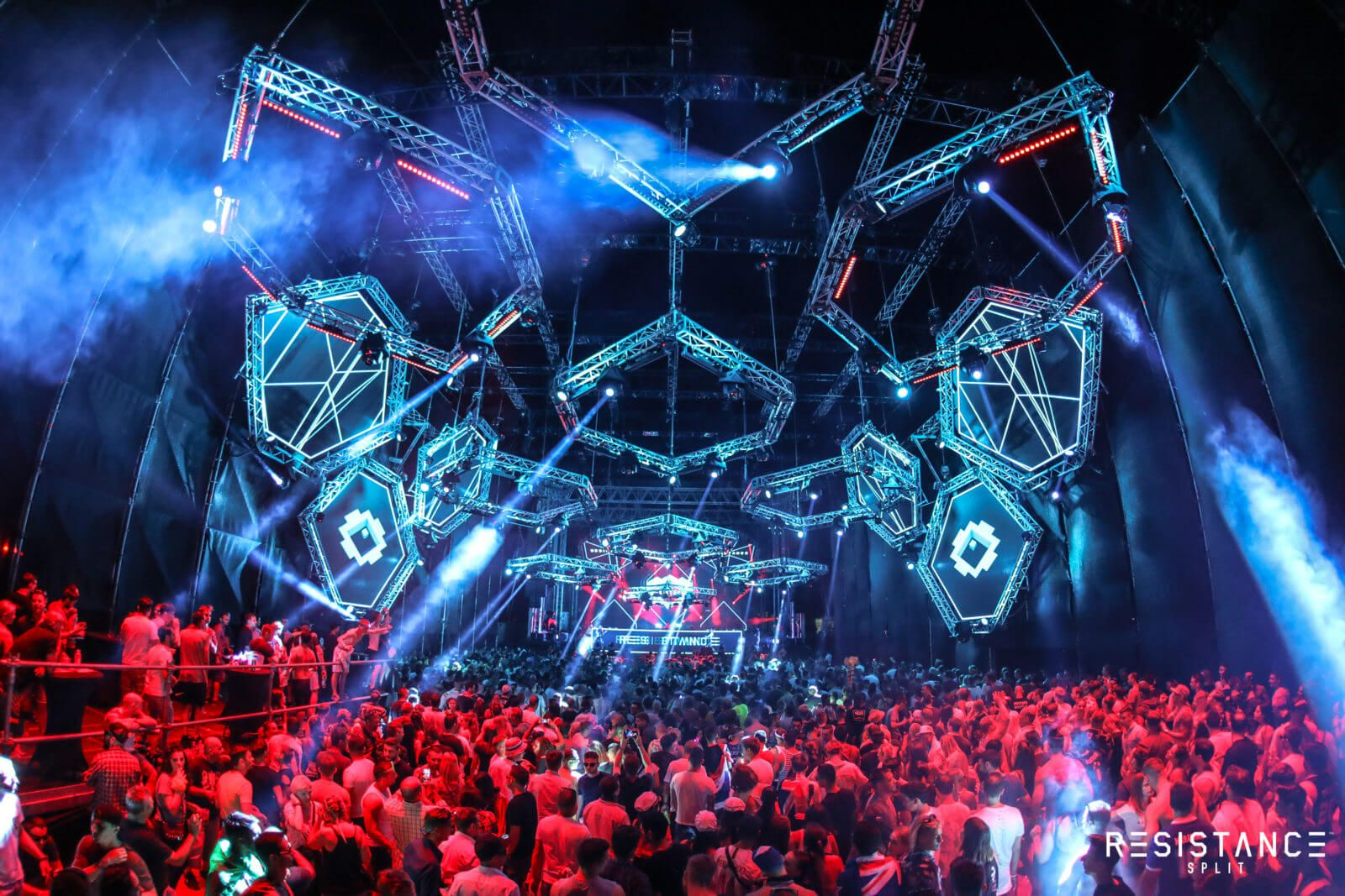 ultra_europe_split