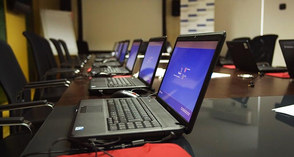 ceptor_congress_center_computerroom