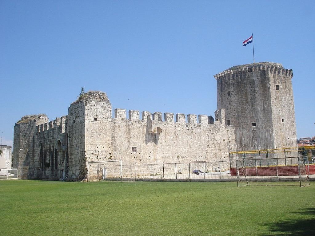 karmelengo_castle