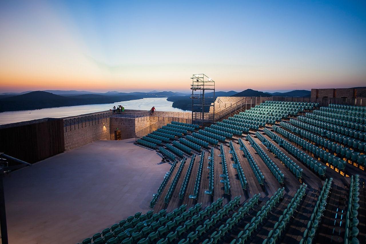 st_michaels_fortress_seats