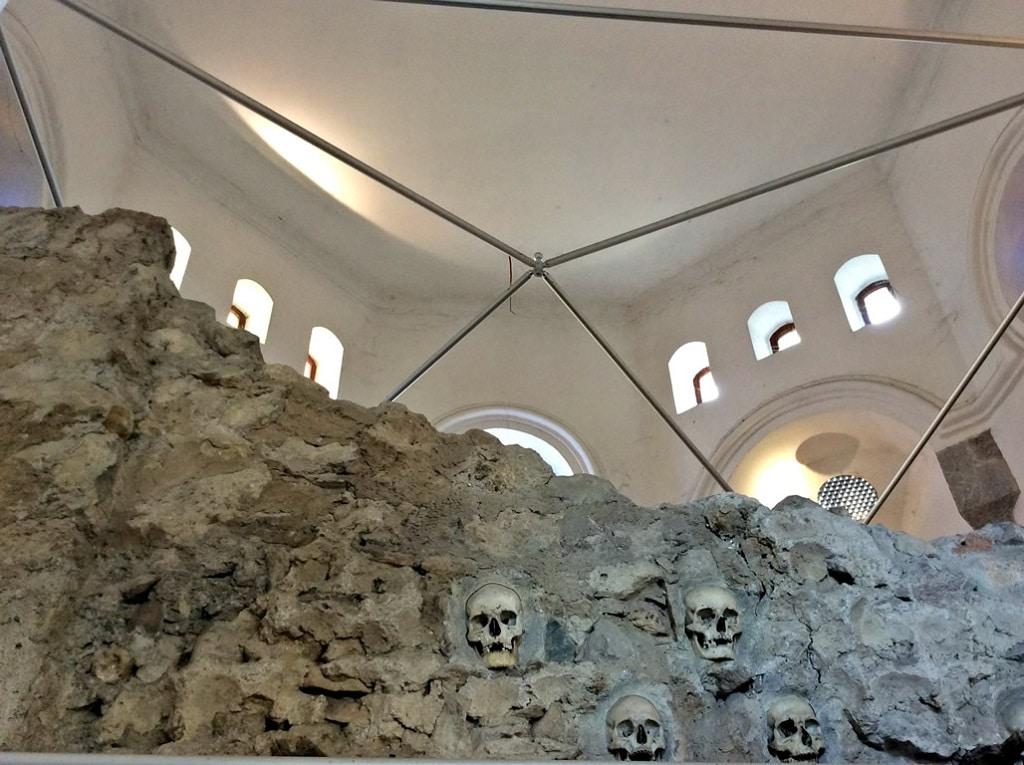 skull_tower_inside