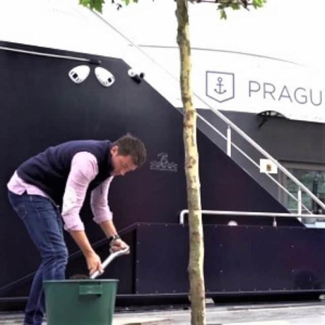 prague_boats_zero_waste