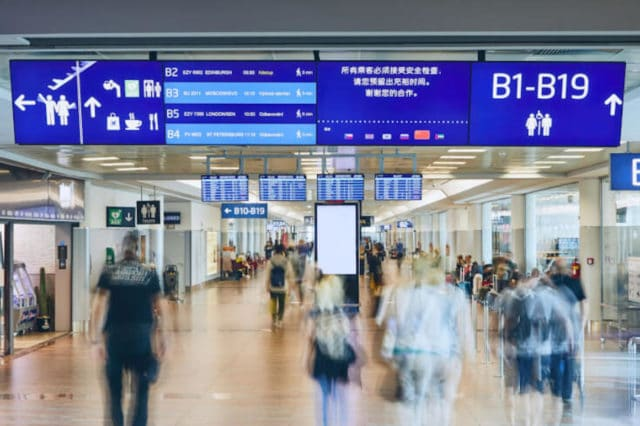 digital_navigation_prague_airport