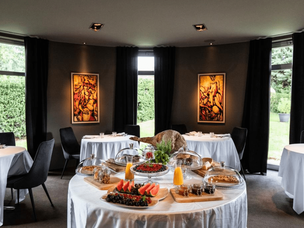 dam_boutique_hotel_restaurant