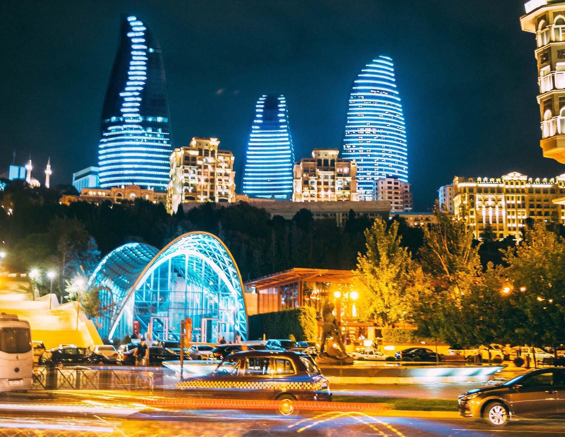 baku_azerbaijan_flame_towers_night
