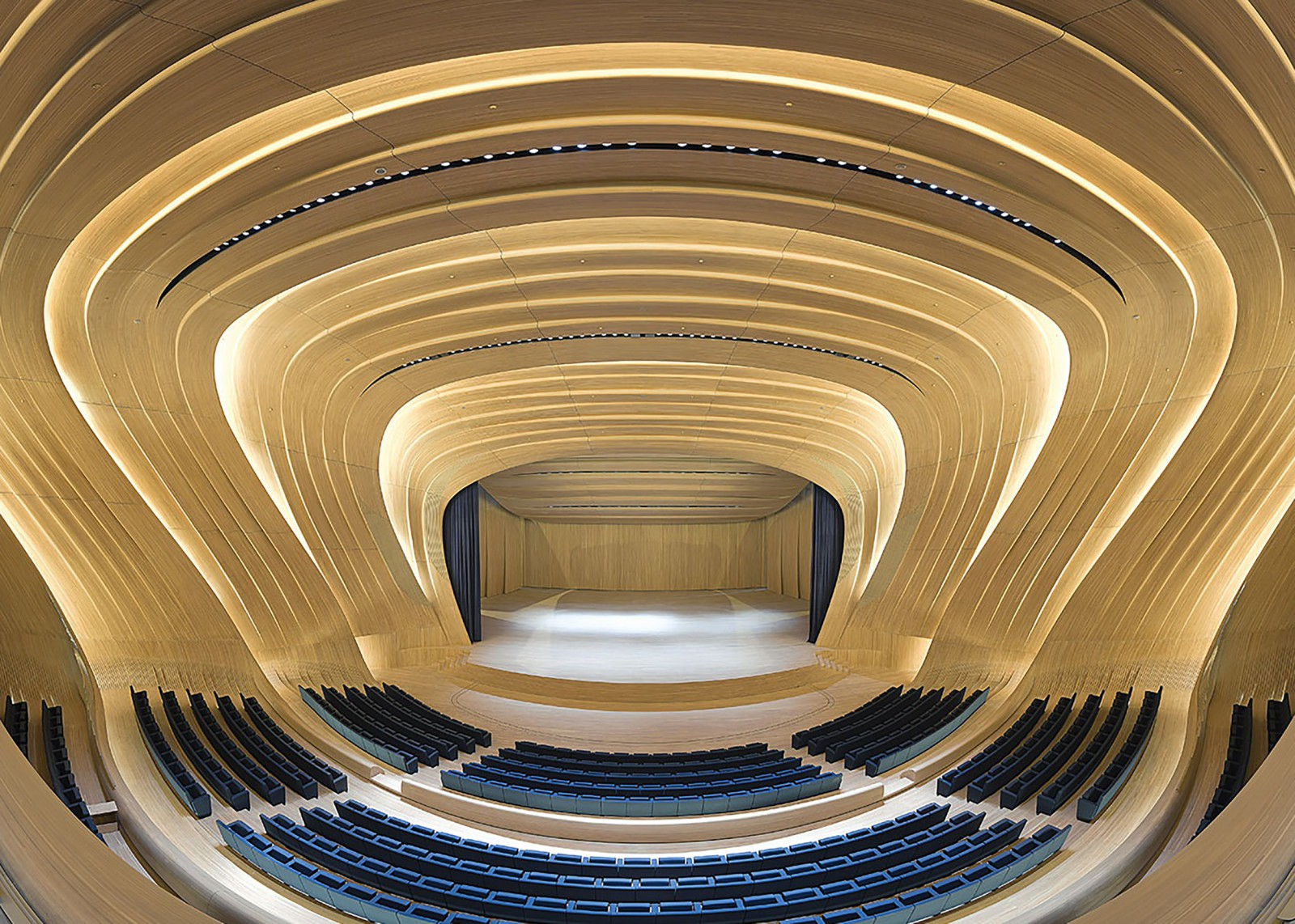 heydar_aliyev_center_auditorium