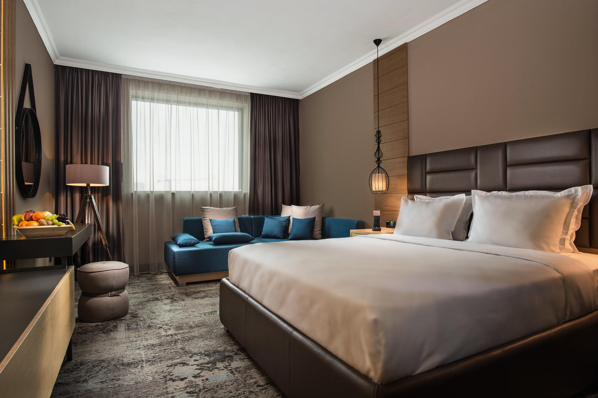 best_western_plus_expo_hotel