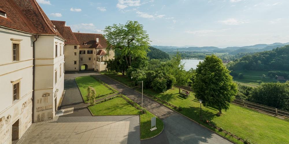 seggau_castle