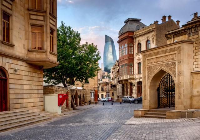 baku_azerbaijan_old-city-centre