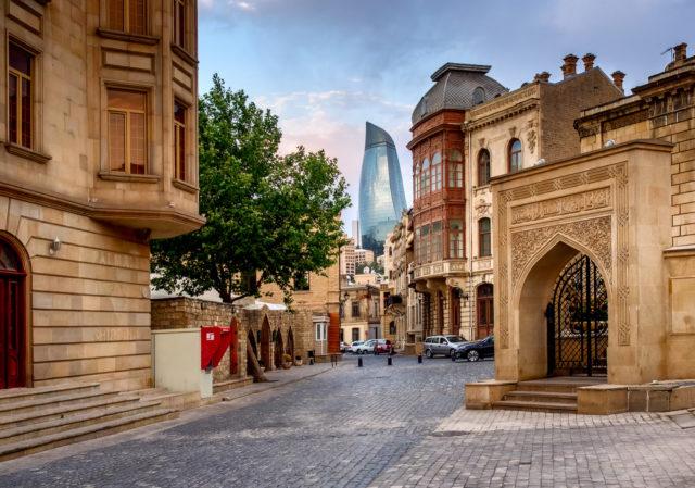 baku_azerbaijan_old-city-centre