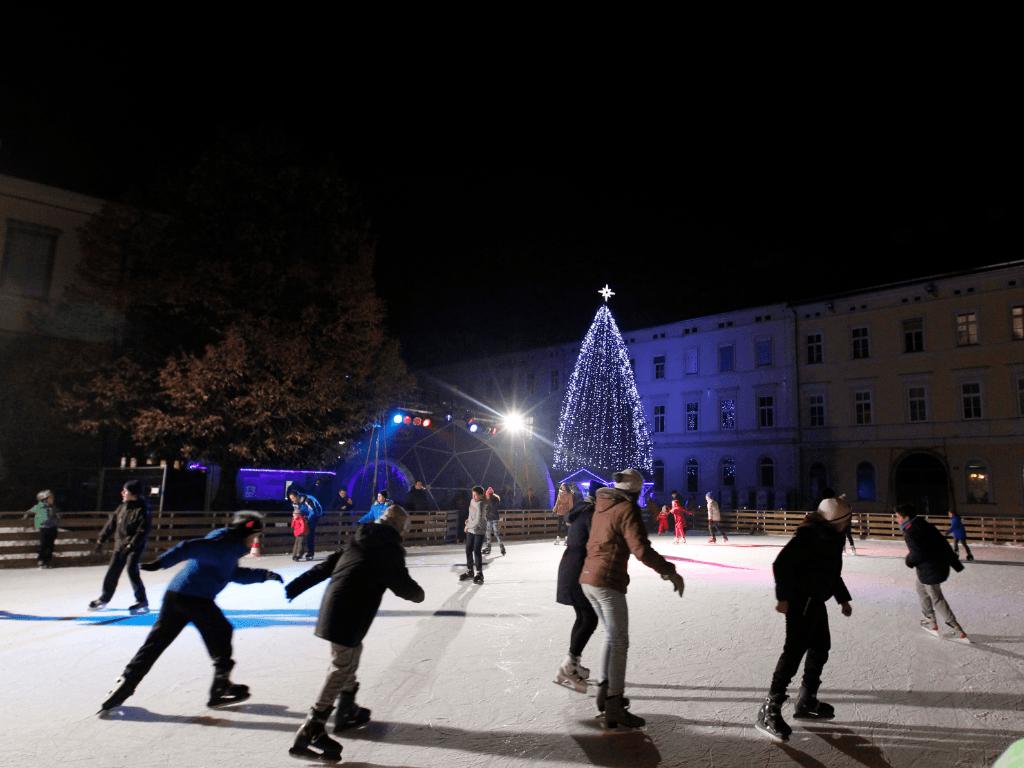 Maribor Festive December, Ice Rink