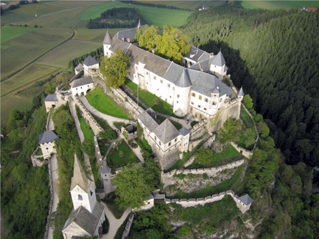 castle_hochosterwitz