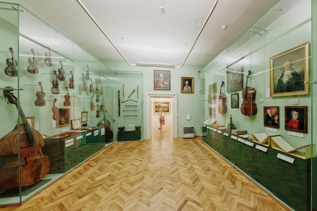 lobkowicz_palace_beethoven_room