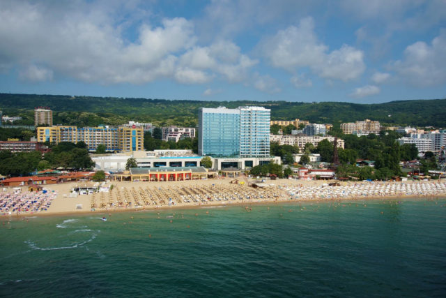international-hotel-casino-tower-bulgaria
