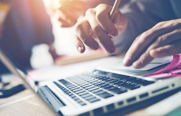 Virtual meetings software - ClearSlide