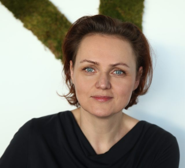 Nina Erneker