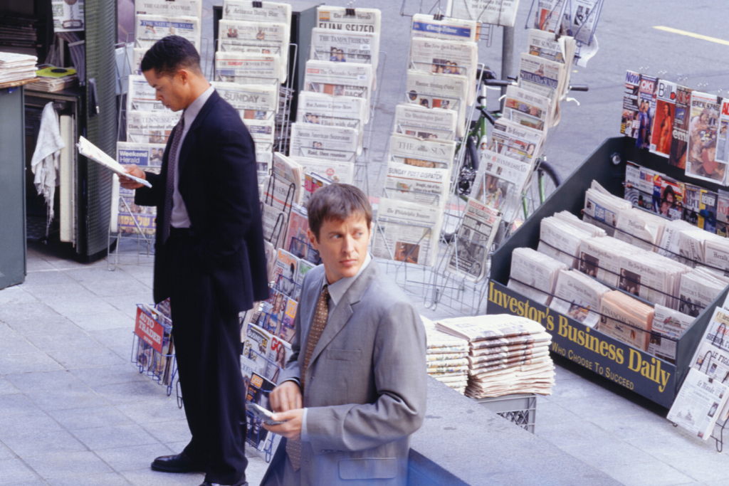 magazine-newspaper-stand-new-york