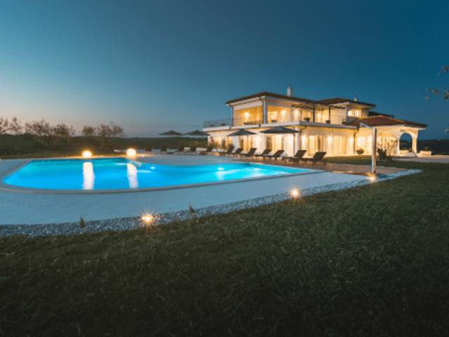 cattunar_wine_residence