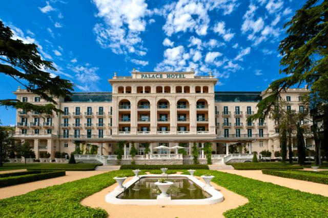 kempinski-palace-portoroz-pool-hotel-spa