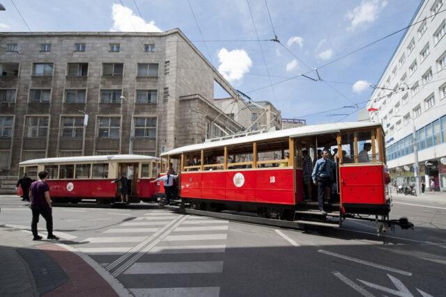 historical-music-tram-bratislava